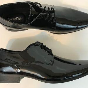 Calvin Klein Men Brodie Tuxedo Dress Shoe Size 11W